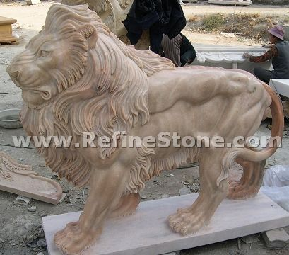 Outdoor carving lion sculpture